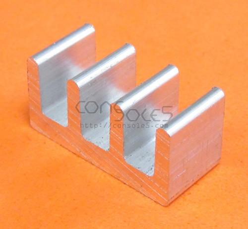 DIP14, DIP16, DIP18 Aluminum Heat Sink: Glue On / Thermal Epoxy (DIP 14 16 18)