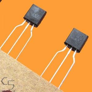 ON Semi / Fairchild 2N3906 PNP General Purpose Amplifier Transistor BJT - Genuine!